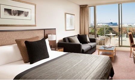 Quay West Suites Melbourne - Surfers Gold Coast