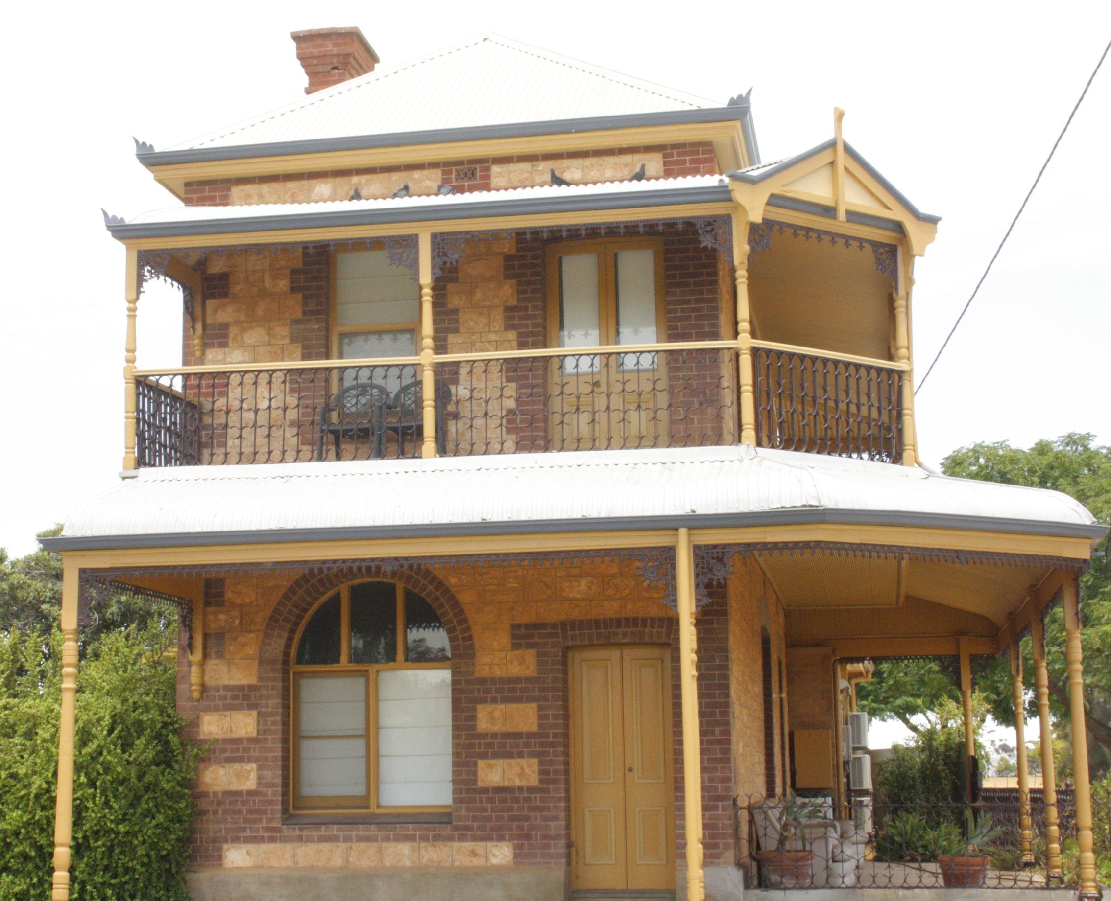 The Matchbox House Bed and Breakfast - Surfers Gold Coast