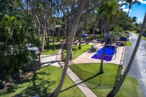 Island View Caravan Park - Surfers Gold Coast