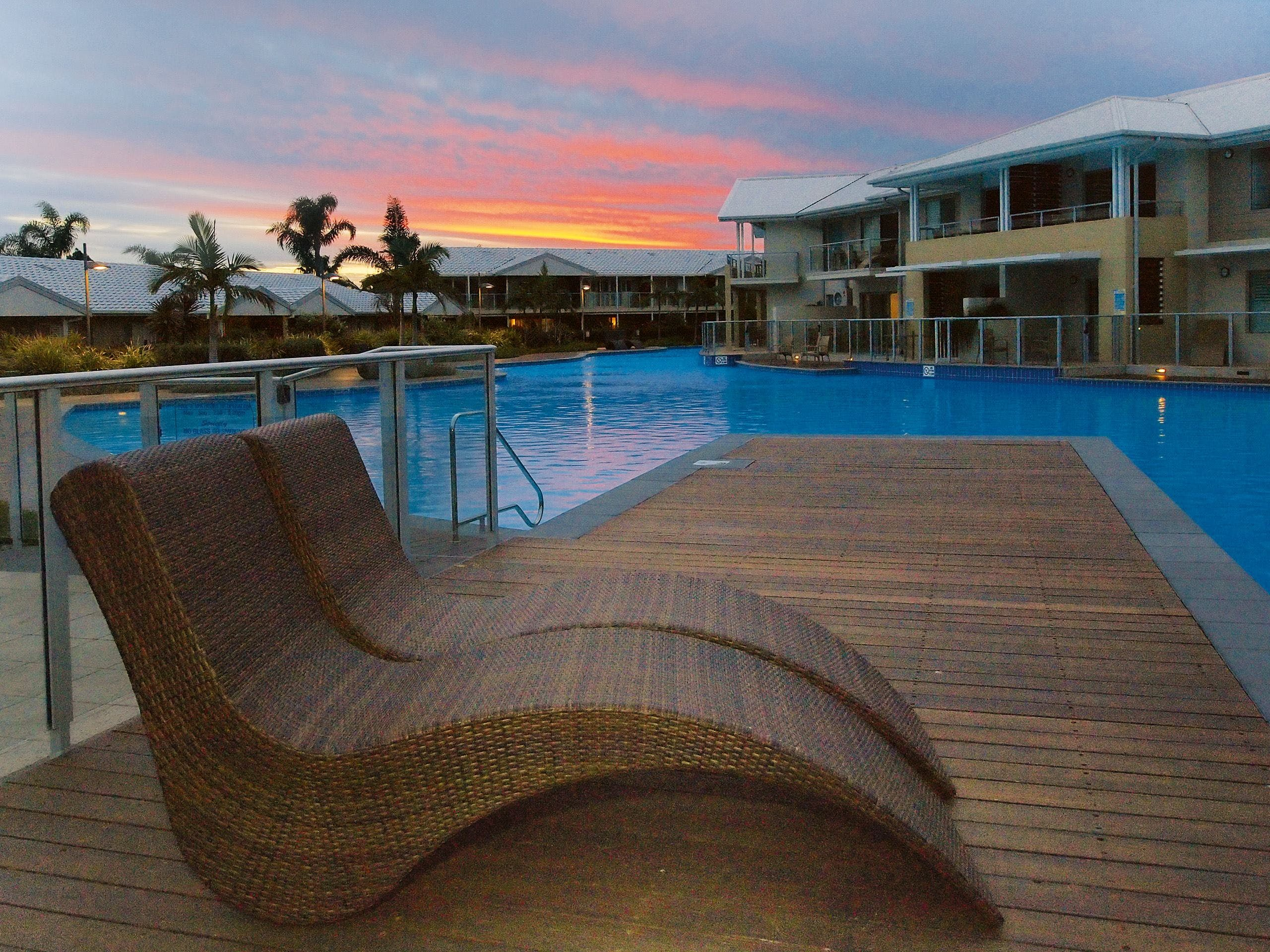 Oaks Port Stephens Pacific Blue Resort - Surfers Gold Coast