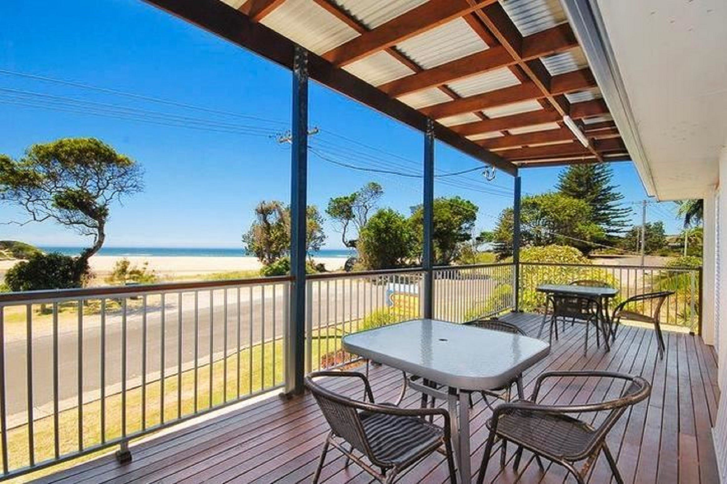 Seascape Holiday Apartments Lake Cathie - Surfers Gold Coast