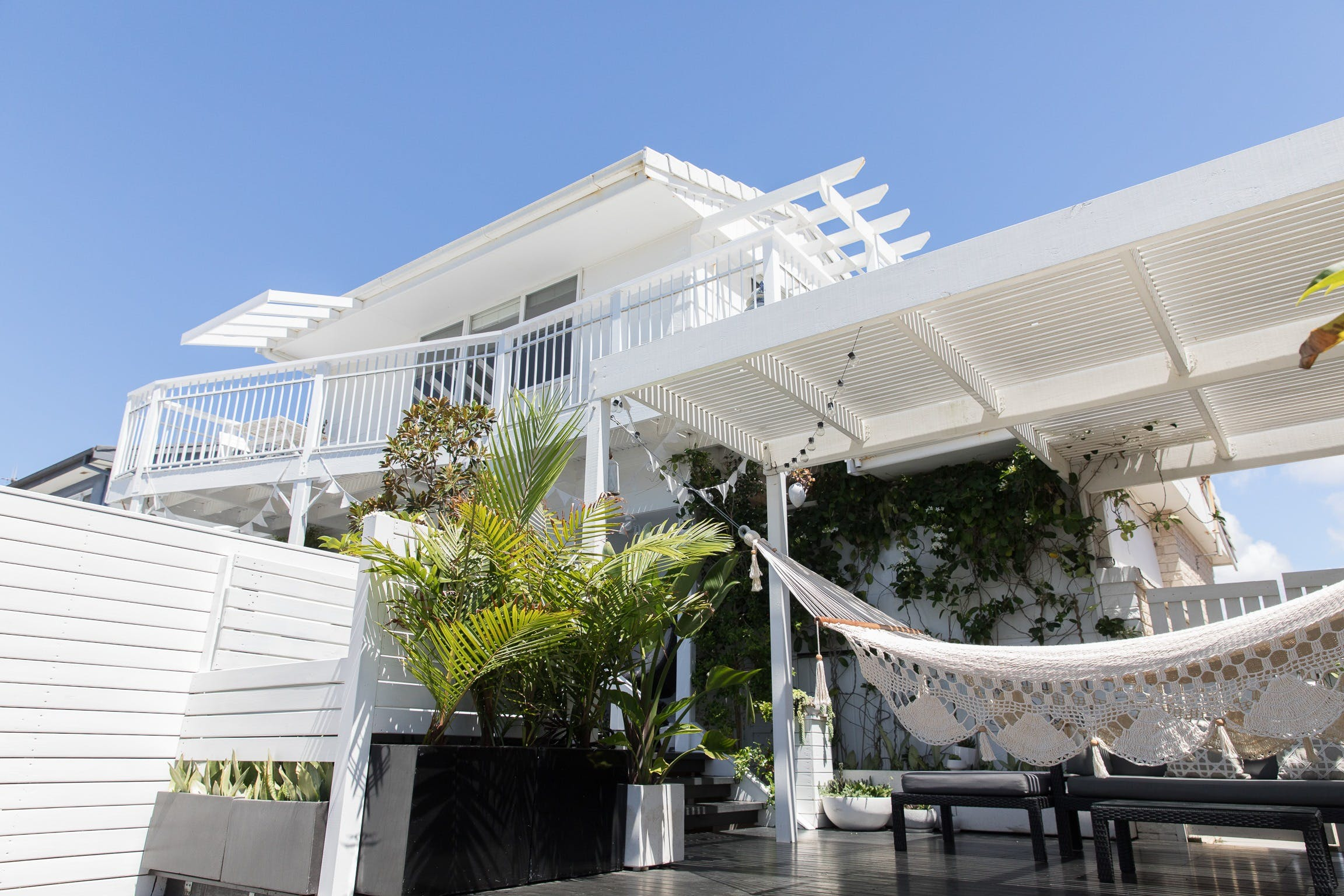 White Beach Cottage - The Perfect Beach Getaway - Surfers Gold Coast