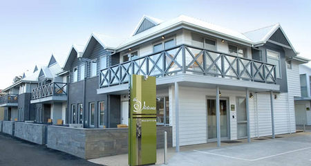The Victoria Port Fairy - Surfers Paradise Gold Coast