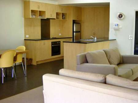 Sackville Apt No 1 - Surfers Paradise Gold Coast