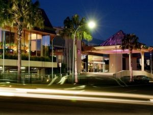 Travelodge Bankstown - Surfers Gold Coast