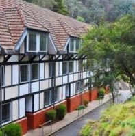 Jenolan Caves House - Surfers Gold Coast