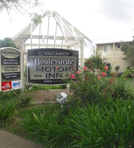 Boulevarde Motor Inn - Surfers Gold Coast