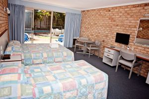 Sunshine Coast Motor Lodge - Surfers Gold Coast