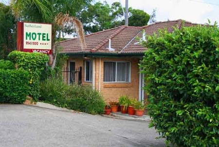 Sutherland Motel - Surfers Gold Coast