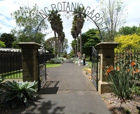 Friends of Geelong Botanic Gardens - Surfers Gold Coast