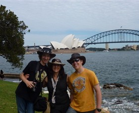 Real Sydney Tours - Surfers Gold Coast
