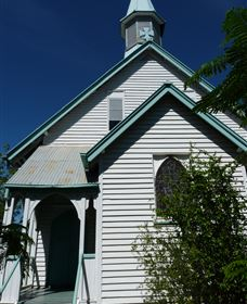 Saint Peter's Anglican Church - Surfers Gold Coast