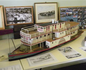 Wentworth Model Paddlesteamer Display - Surfers Gold Coast