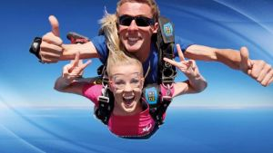 Skydive Oz Canberra - Surfers Gold Coast