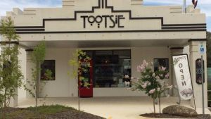 Tootsie Fine Art and Design - Surfers Gold Coast