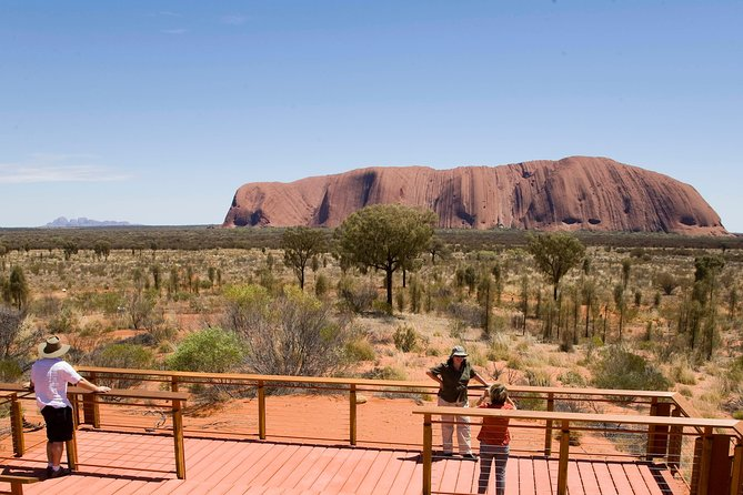 Uluru Small Group Tour including Sunset - Surfers Gold Coast