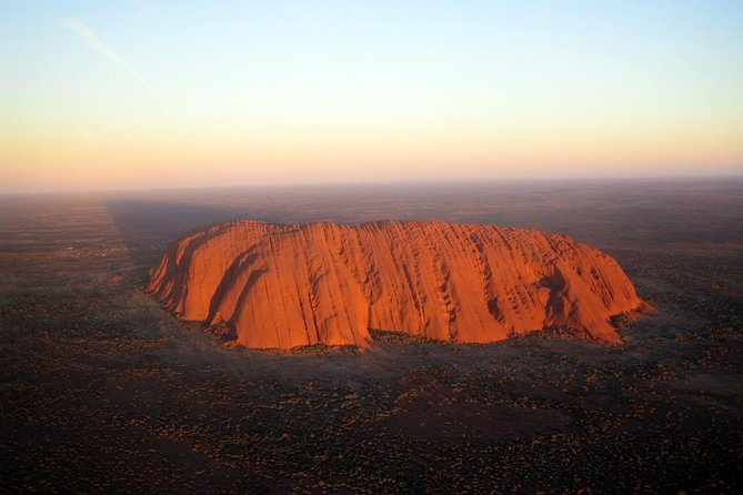 Fixed-Wing Scenic Flight from Uluru Ayers Rock - Surfers Gold Coast