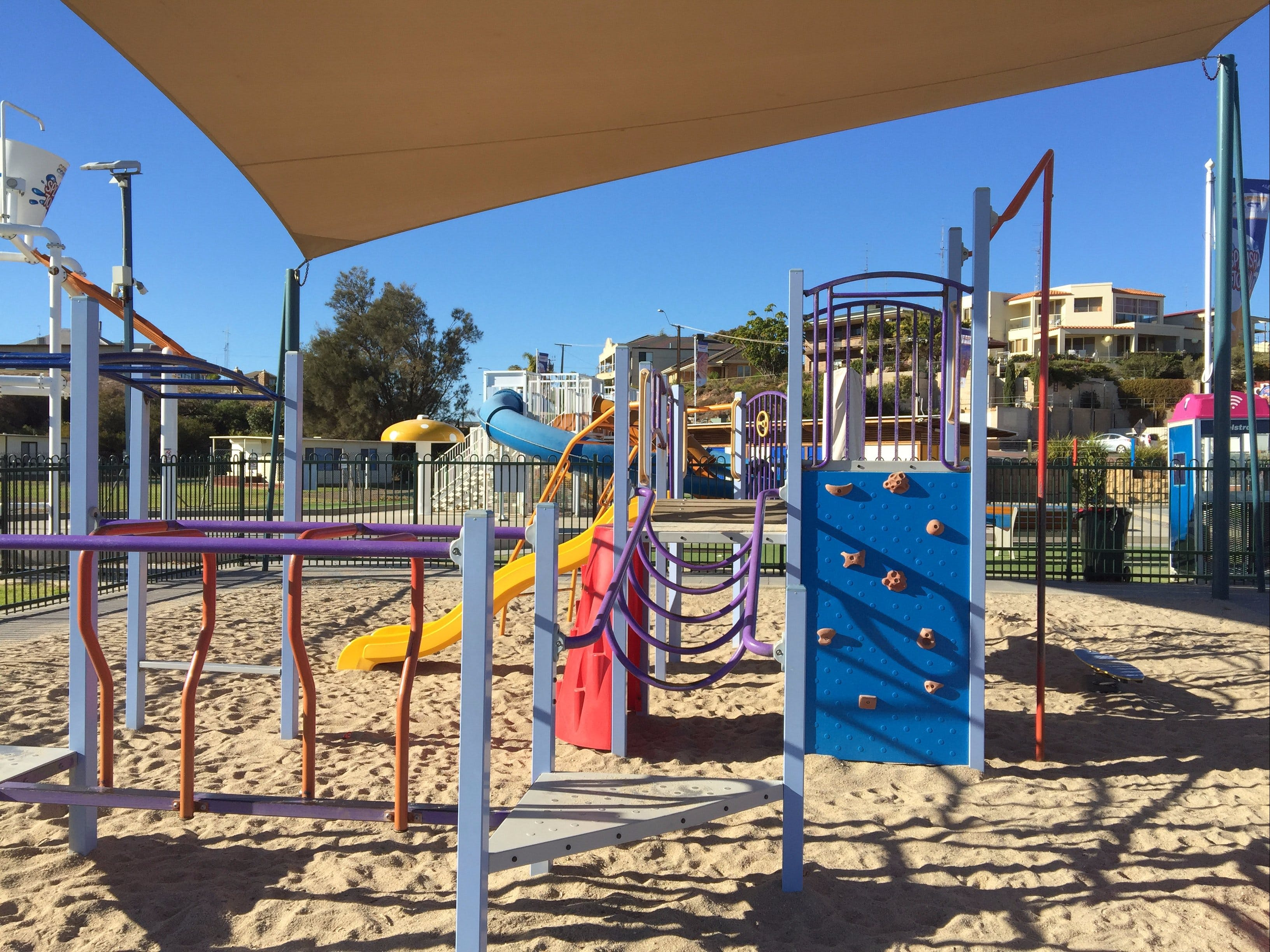 Moonta Bay Playground - Surfers Gold Coast