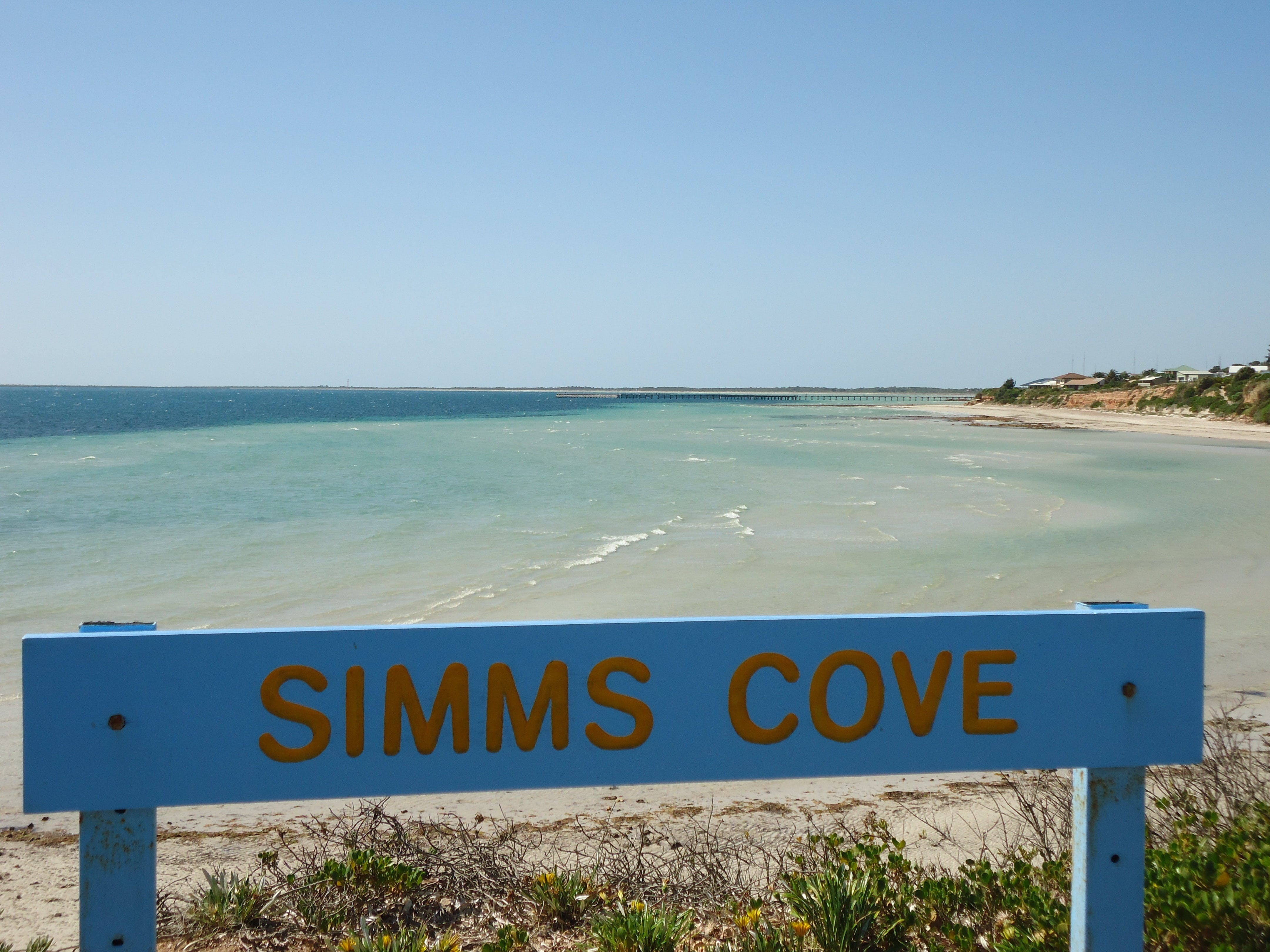 Simms Cove lookout and beach Moonta Bay - Surfers Gold Coast