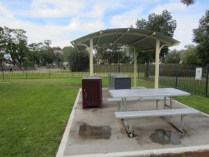 Sturt Park Reserve and Titanic Memorial - Surfers Gold Coast