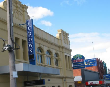 Crown Hotel Lilydale