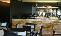 Hunters Hill Hotel - Surfers Gold Coast