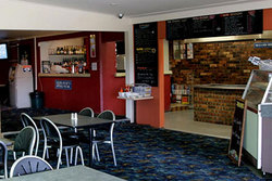 Greenwell Point Hotel - Surfers Paradise Gold Coast