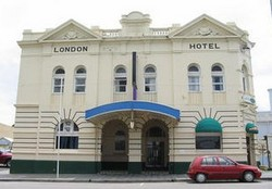 The London Hotel - Surfers Gold Coast