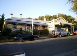 Earl of Spencer Historic Inn - Surfers Gold Coast