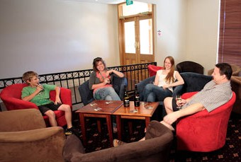 Hibernian Hotel Beechworth - Surfers Gold Coast