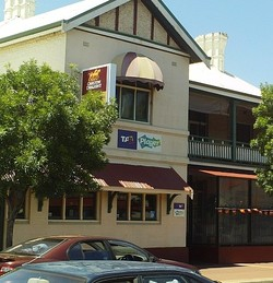 Northam Tavern - Surfers Gold Coast