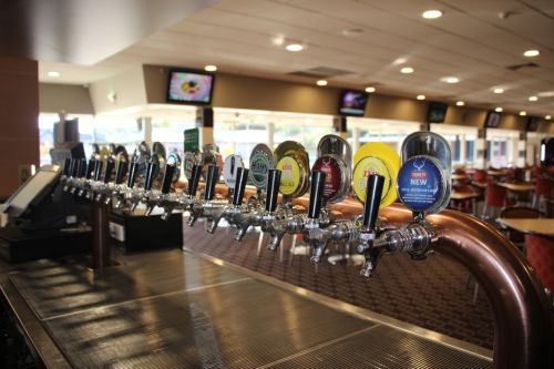 Ettalong Memorial Bowling Club - Surfers Gold Coast