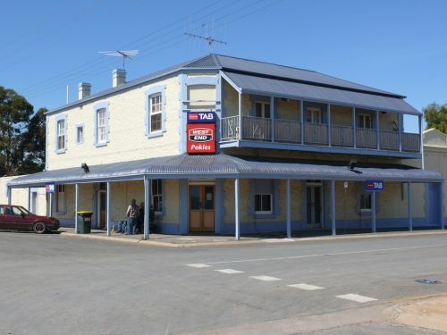 Port Wakefield Hotel - Surfers Paradise Gold Coast