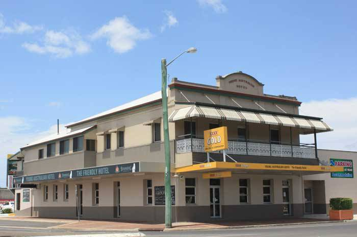 Young Australian Hotel - Surfers Gold Coast