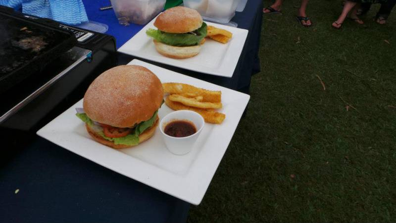 Bushland Beach Tavern - Surfers Gold Coast