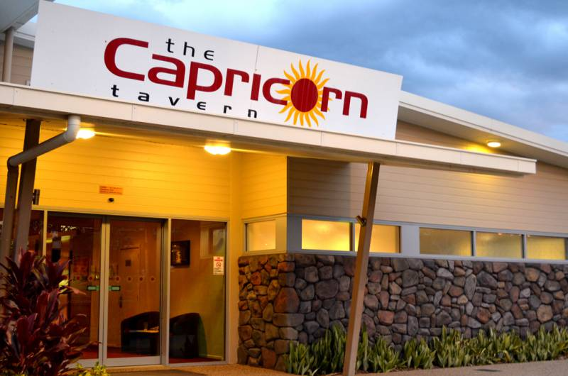 Capricorn Tavern - Surfers Gold Coast