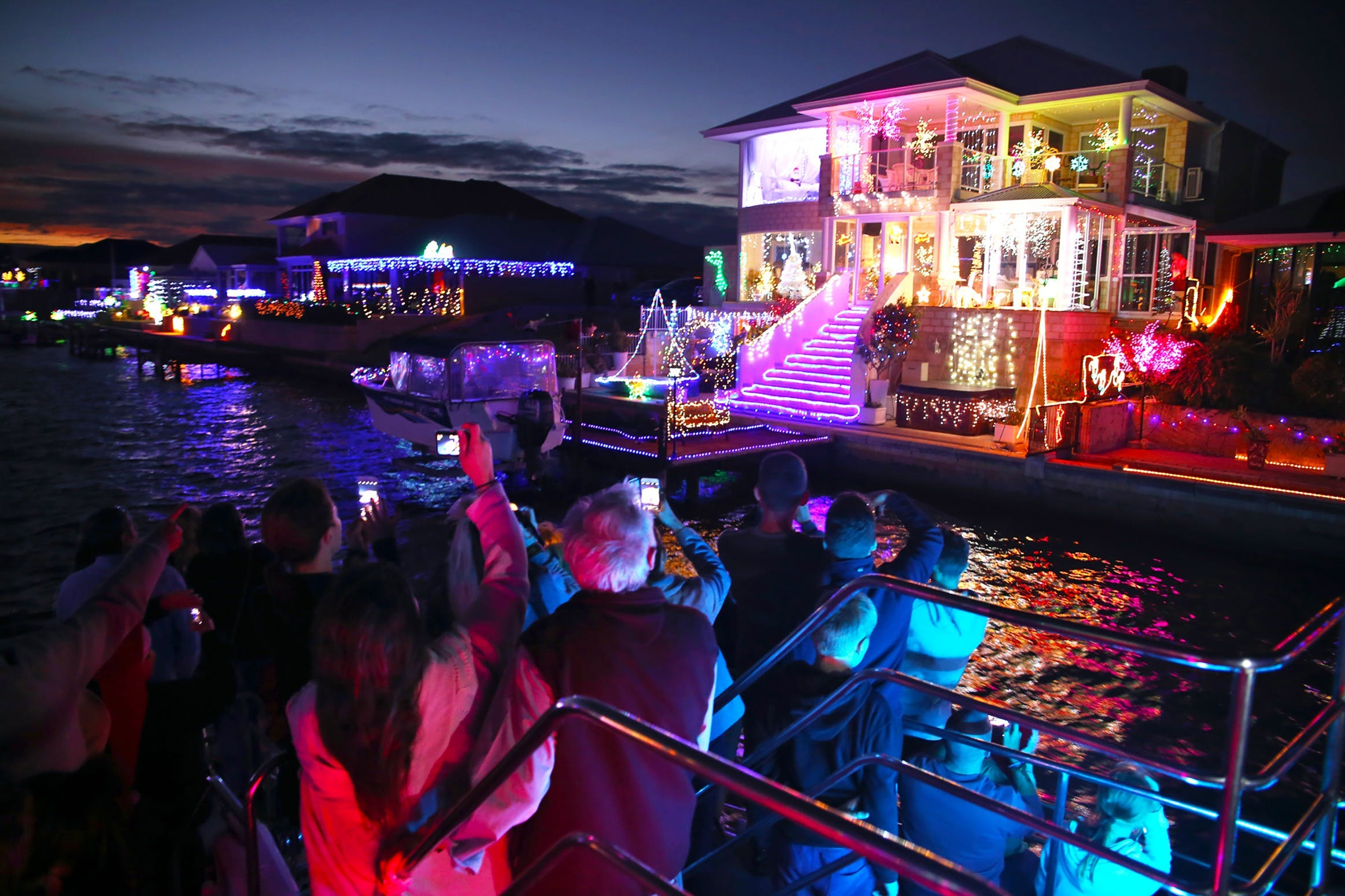 Christmas Lights Cruise - Surfers Gold Coast