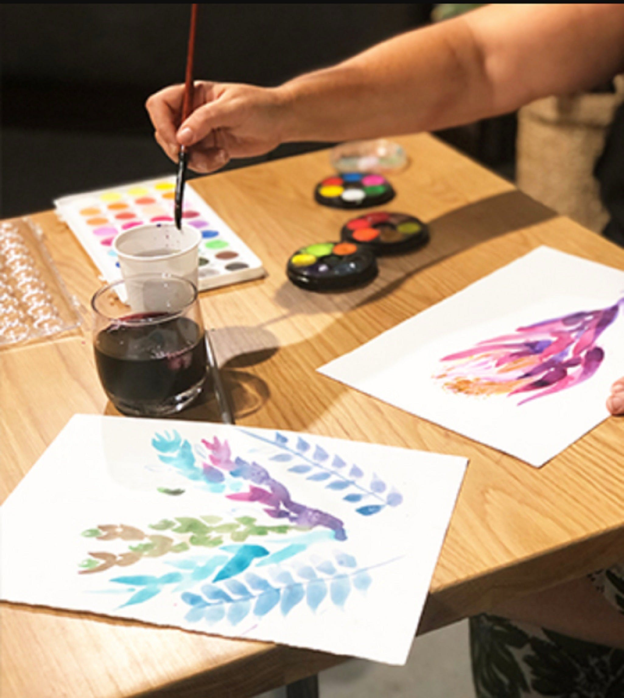 Paint and Sip Class Watercolour and Wine - Surfers Gold Coast