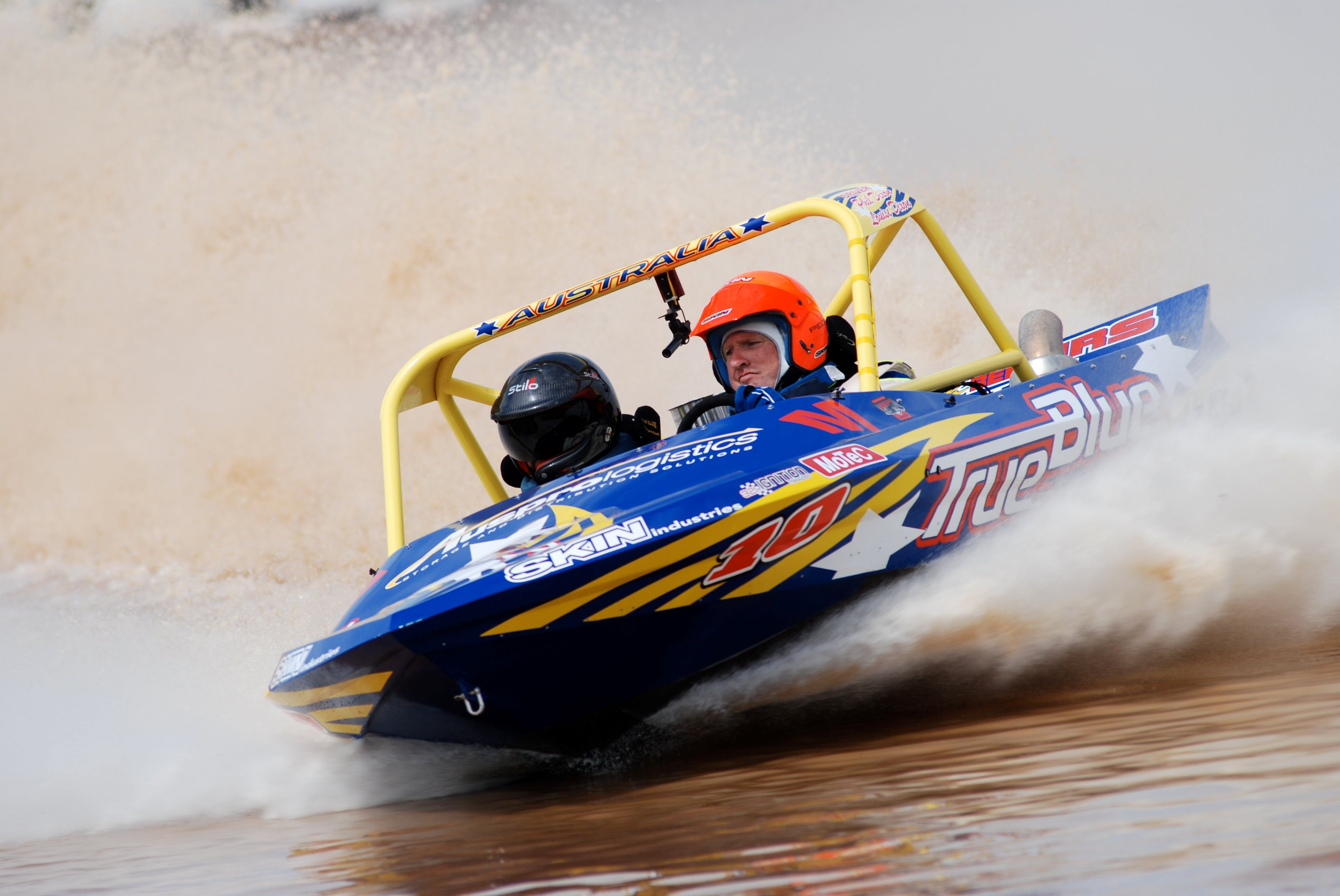 V8 Superboats - Surfers Gold Coast