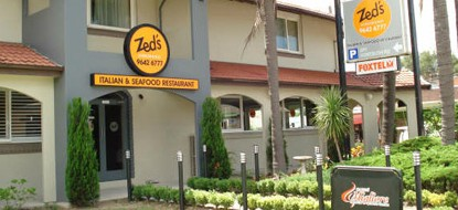 Zed's At The Inn - Surfers Gold Coast