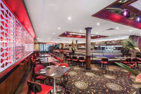 JBJ's Restaurant  Bar Taylors Lakes Hotel - Surfers Gold Coast