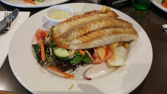 The Black Horse Restaurant - Surfers Paradise Gold Coast
