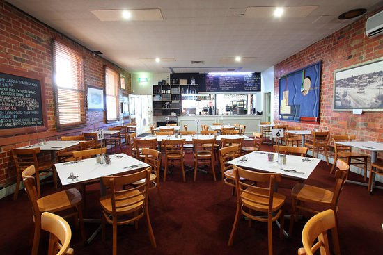 The American Hotel Creswick - Surfers Gold Coast