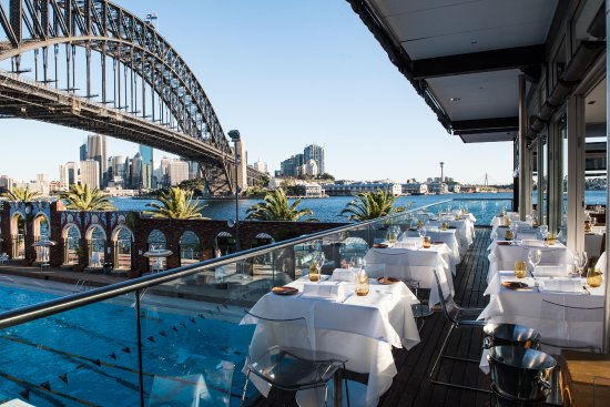 Aqua Dining - Surfers Gold Coast