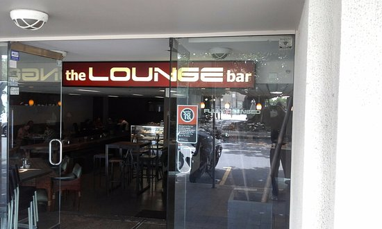 The Lounge Bar - Surfers Gold Coast