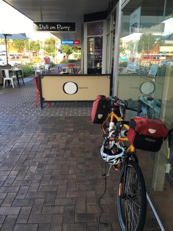 Deli on Perry - Surfers Gold Coast