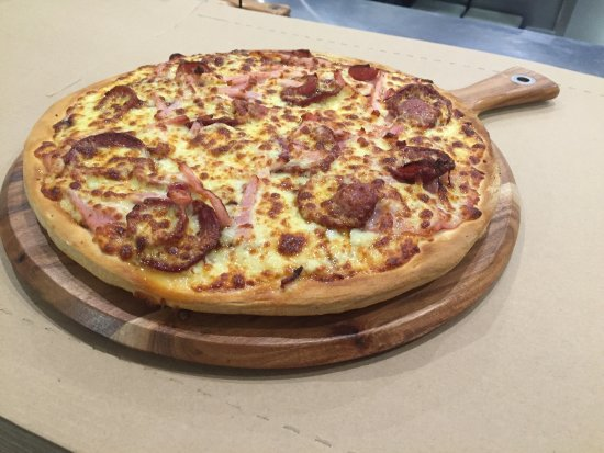 Pizza kitchen - Surfers Gold Coast