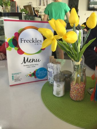 Freckles Cafe - Surfers Gold Coast