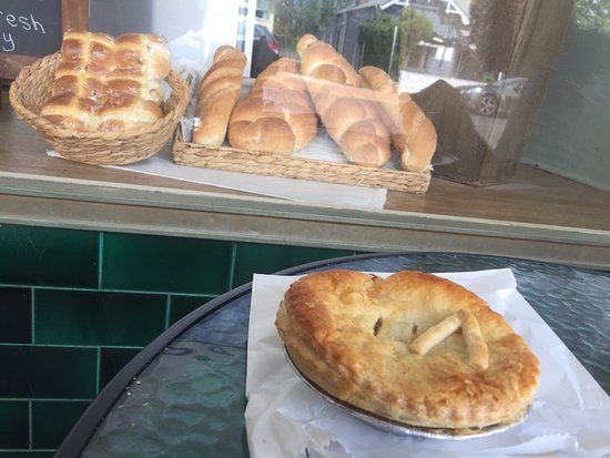 Denman Pie Shop Bakery - Surfers Gold Coast