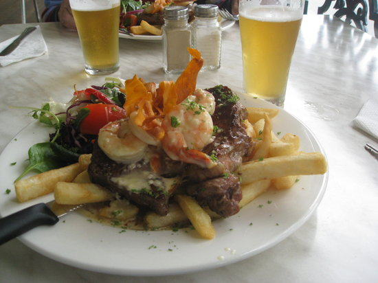 The Heritage Hotel Bistro - Surfers Gold Coast